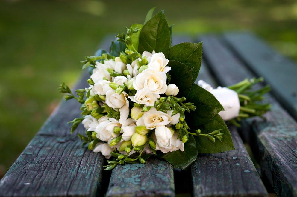 Die Liebe ist das Licht des Lebens - in der Ehe kommt die Stromrechnung.