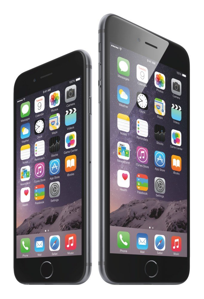 iPhone 6 (links) und iPhone 6 Plus (rechts)