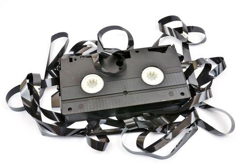 Videokassetten entsorgen: Wohin mit dem VHS-Müll?