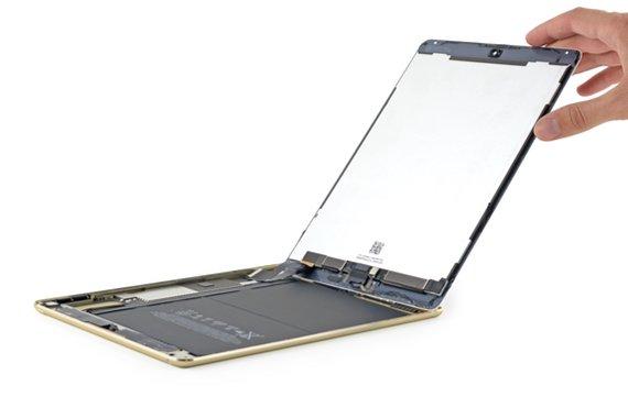 iPad Air 2 aufgeschraubt: Schwächerer Akku und doch ein NFC-Modul