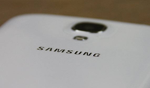 Samsung will bis Ende 2015 faltbare Smartphones anbieten