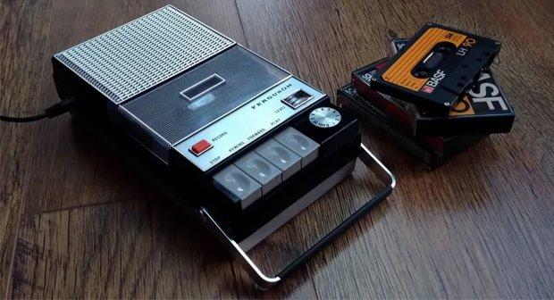 Dieses modifizierte Tape-Deck spielt Spotify-Musik ab