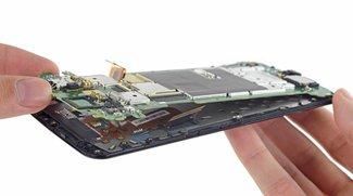 Google Nexus 6 in seine Einzelteile zerlegt (Teardown)
