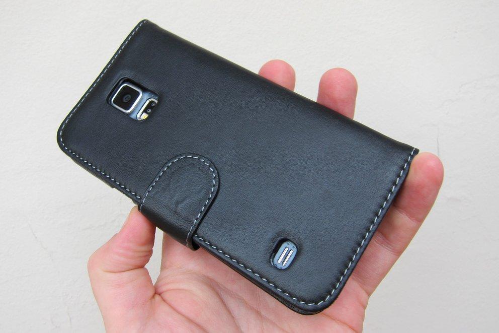 StilGut: Book Case aus Nappaleder für das Samsung Galaxy S5 im Test