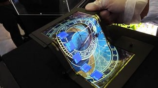 Super AMOLED-Technologie: Mehrfach faltbares Tablet-Display mit Touchscreen präsentiert
