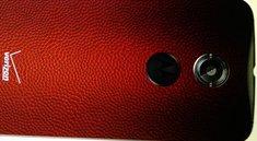 Moto X (2014): Neues Motorola-Flaggschiff mit Rückseite aus Football-Leder gesichtet