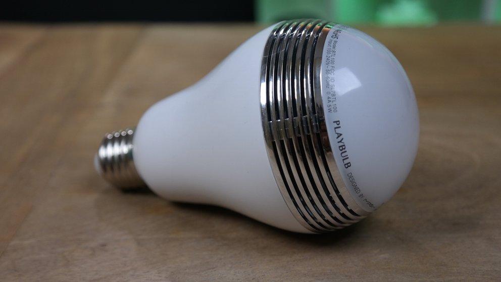MiPow Playbulb im Test: Es werde Licht. Und Klang – GIGA