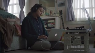 "Apples Weihnachts-Werbespot: ""The Song"""