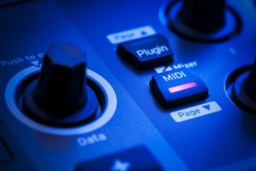 MIDI Files kostenlos herunterladen: Gratis-Musik – ist das legal?