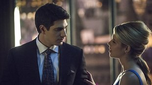The Flash: Felicity Smoak und Ray Palmer im neuen Crossover