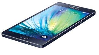 Samsung Galaxy A5: Smartphone mit Unibody-Gehäuse im Unboxing-Video