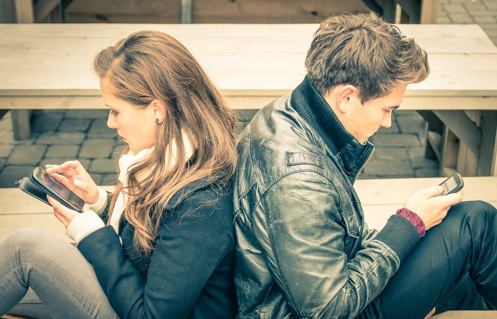 Lustige Schlagzeilen auf der Dating-Seite