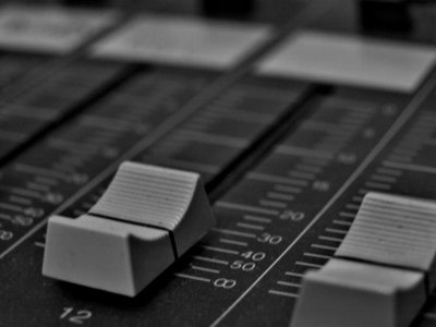 Radiotipps: 5 Internetradios für Rock-Musik