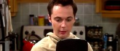 """Was bedeutet """"Bazinga"""" auf Deutsch? Sheldons Spruch – Bedeutung und Sound"""
