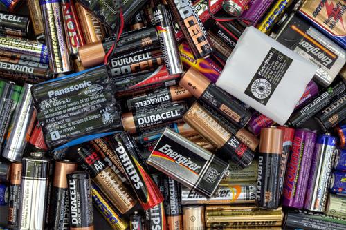 batterie ausgelaufen was tun