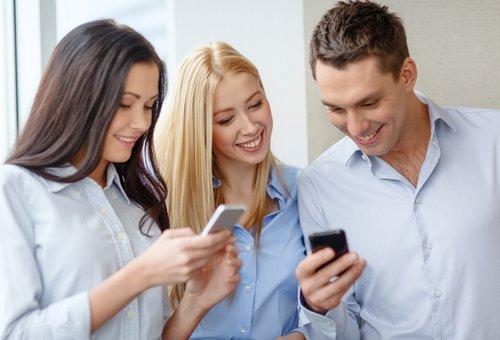 BASE: Partnerkarte bestellen, kündigen oder Widerrufen der Zweitkarte