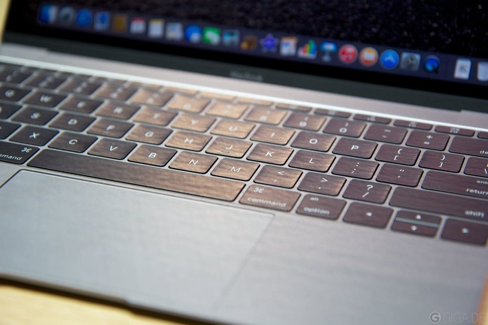 Apple MacBook 2015 - Keyboard