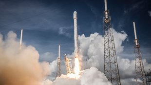 Wallpaper der Woche: Mit SpaceX in den Weltraum [Download]