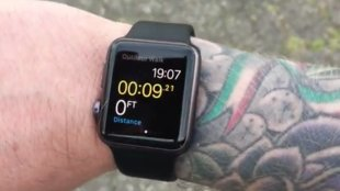 Apple Watch: Apple räumt Sensor-Probleme mit Tattoos ein