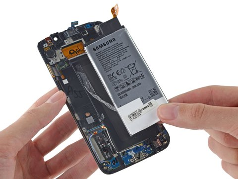 samsung-galaxy-s6-edge-teardown-akku