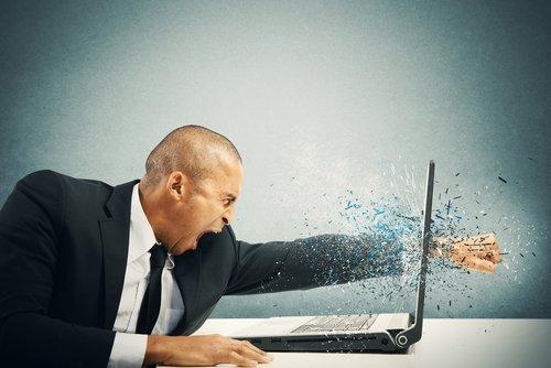 Laptop geht einfach aus: Was kann man tun?