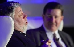 Steve Wozniak lobt Tim Cook –...