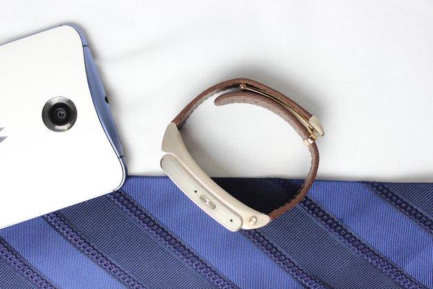 Huawei TalkBand B2 im Test: Fitnesstracker mit Stil