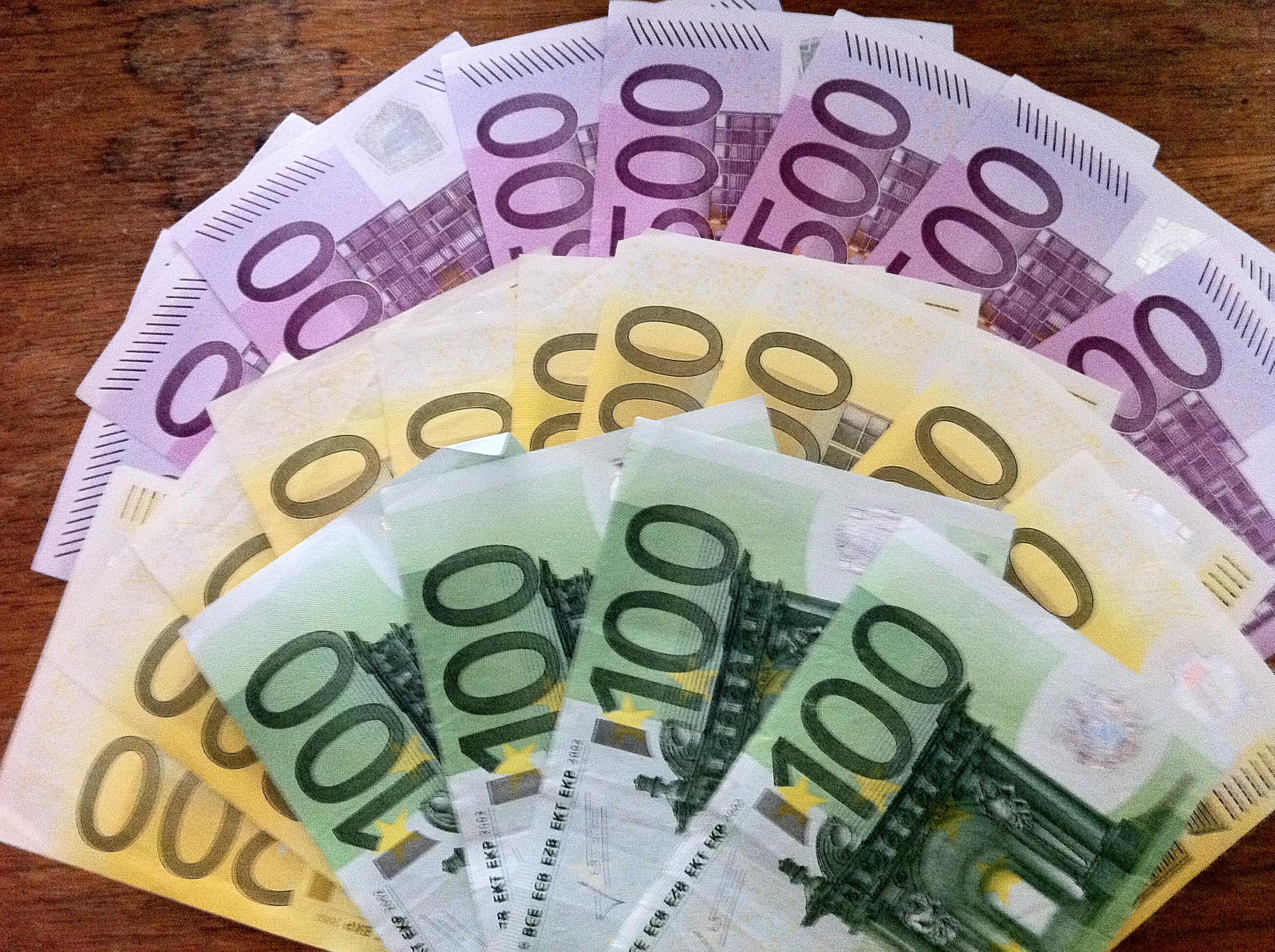 Mit dating seiten geld verdienen