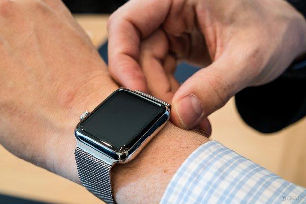 """Swatch: Wir haben """"One more thing"""" bei Columbo geklaut, nicht bei Apple"""