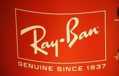 Ray Ban bei Facebook:...