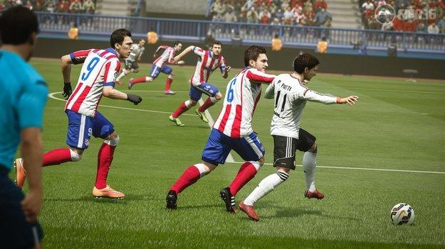 FIFA 16 Verteidigen und Tactical Defending: Tipps und Tricks für die Abwehr