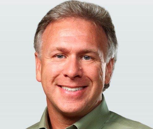 Phil Schiller spricht über iPhone-Kapazität, -Batterielaufzeit und das neue MacBook