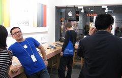iPhone echt, T-Shirt falsch:...
