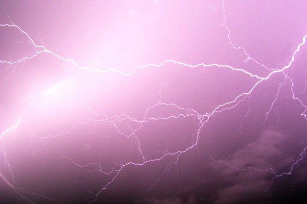 Blitzeinschlag: Mensch, Auto, Haus - was kann passieren?