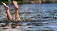 Badeseen mit App und online finden: Wo kann man schwimmen und wie ist die Wasserqualität in NRW, Berlin und Co.?