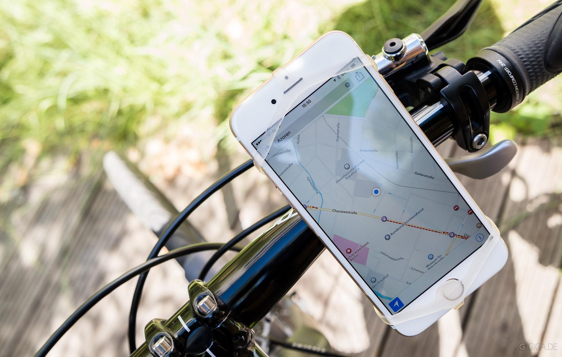 smartphone halterung finn f r das fahrrad im test silikon. Black Bedroom Furniture Sets. Home Design Ideas