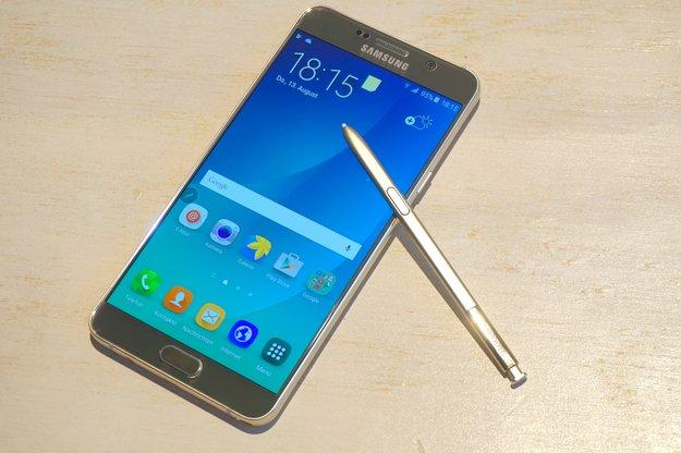 Samsung Galaxy Note 6: Größerer Bildschirm, 6 GB RAM und 12-MP-Kamera im Gespräch