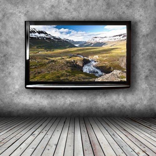 Fernseher Aufhängen Tipps Zur Optimalen Höhe Kabeln Und Co