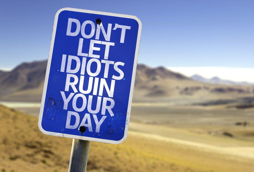 Atemberaubend Dumme Menschen: Sprüche Top Ten & Erörterungen zu einem Phänomen @RW_41
