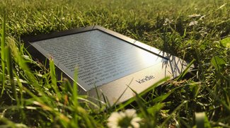 Kindle Paperwhite 2015 im Test: für die Abendsonne wie für den Nachtzug