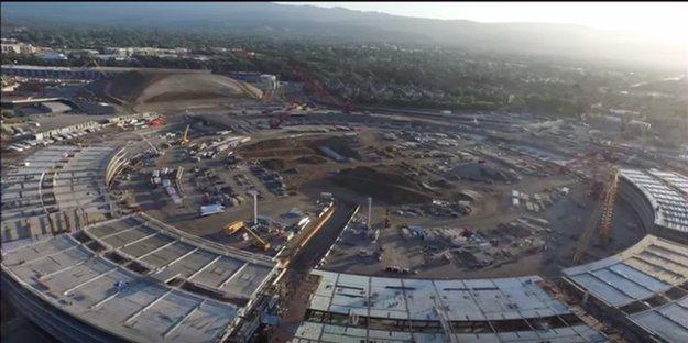 Apple Campus 2:  Neues Fly-Over-Video, kommentiert von Steve Jobs