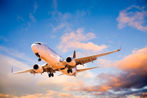 E-Zigarette ins Flugzeug mitnehmen - darf man das?
