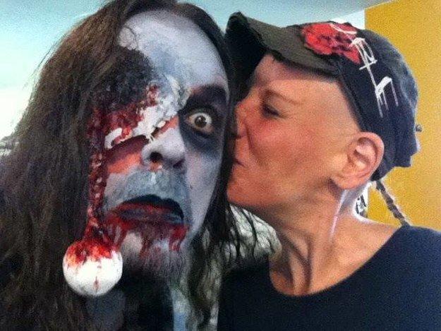 Zombie schminken: Horror ohne horrende Kosten - Kostüm-Tipps & Top-Tutorials
