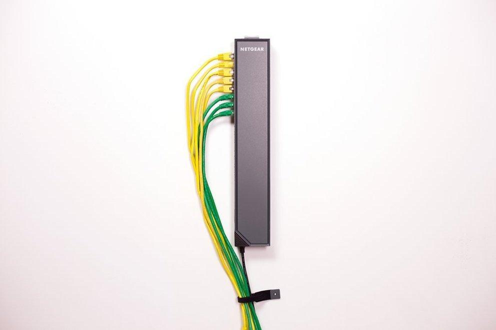 Netgear Click Switch netzwerk kabel wand