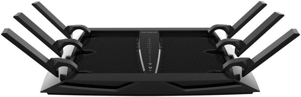 Der Netgear Nighthawk X6 Tri-Band Router sendet mit 6 Antennen auf 3 Frequenzenbändern.