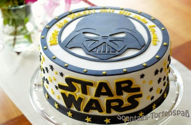 Star Wars Darth Vader Kuchen