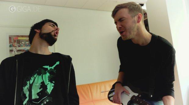 Rock Band 4 vs. Real Life: Martin und Dominic sind echte Rockstars!
