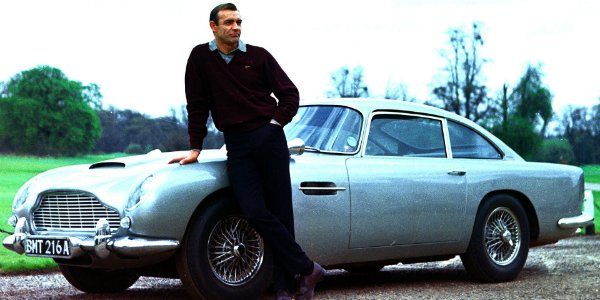 Sean Connery James Bond Sean Connery im Aston Martin.