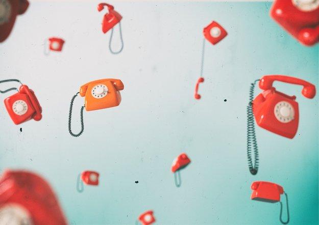 Telefonieren ins Ausland: Was müsst ihr beachten?