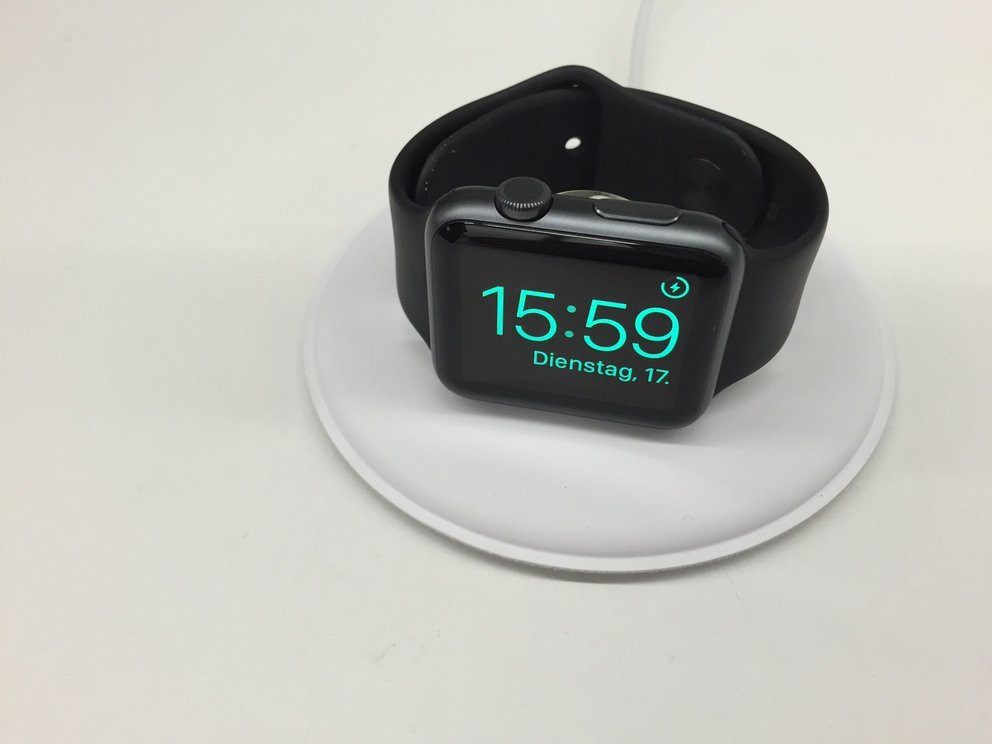 apple-watch-dock-3